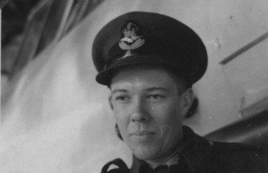 cropped-walter-neil-dove-instructor-at-uplands-1942-1943.jpg