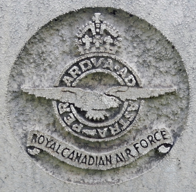 lcjones 3 royal candian air force emblem