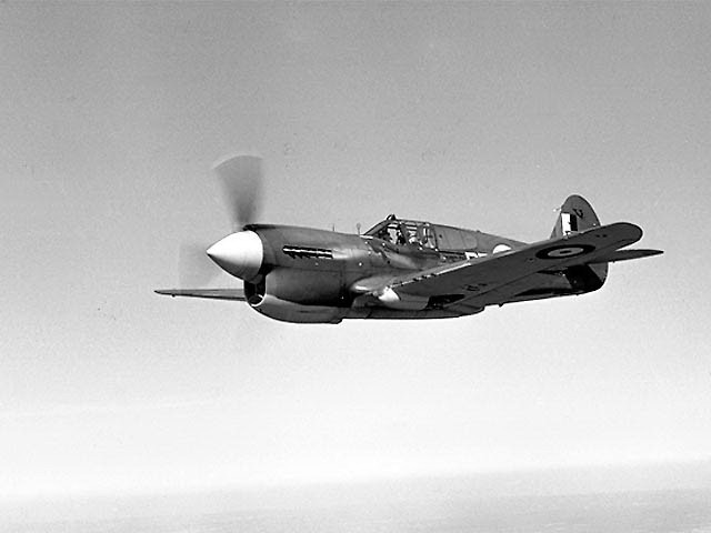 Curtiss_87A_Kittyhawk_2_ExCC